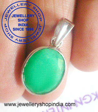 Emerald Gemstone Pendant Designs in Silver