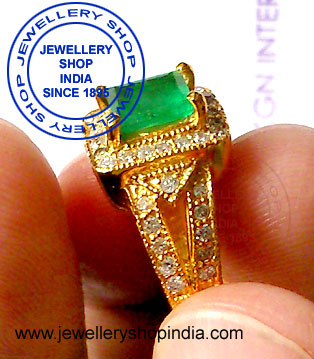 Emerald Gemstone Ring Designs with Diamonds in Gold for Womens