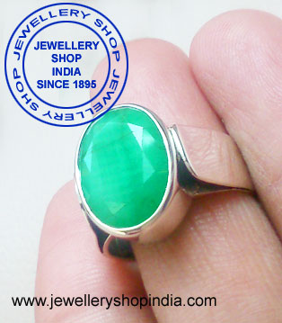 Emerald Gemstone Ring Designs for Gents
