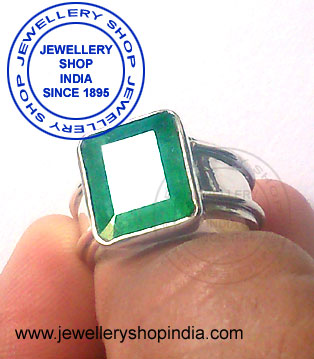 Panna Birthstone Ring for Man in Silver