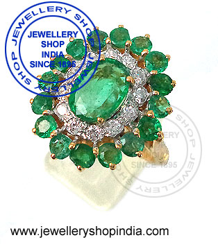 Natural Emerald Stone Ring Design for Ladies.