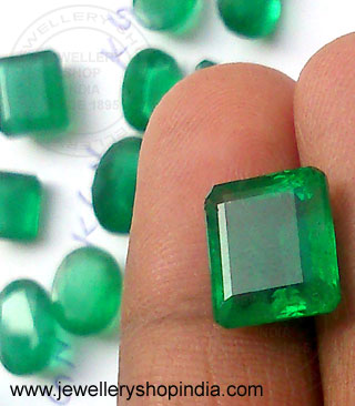 Natural Emerald Stone Wholesale Supplier in Jaipur